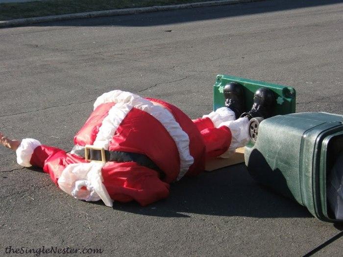 Babbo Natale è morto. Organico, plastica o indifferenziata?
