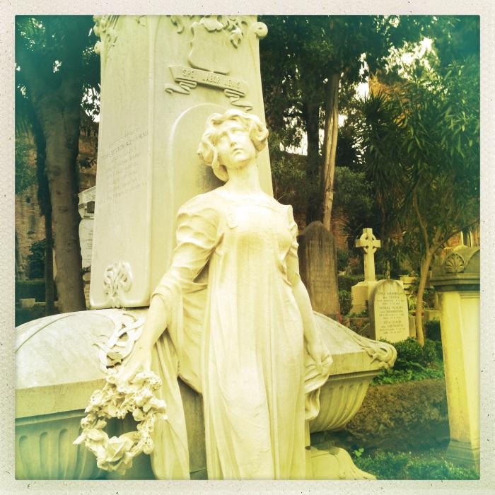 La cura, cimitero Acattolico di Roma