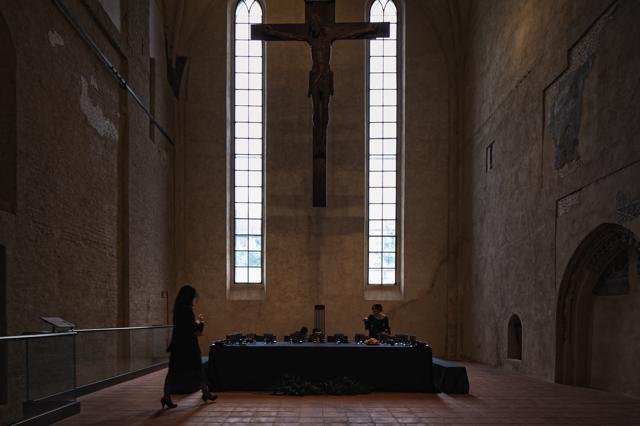 Tavolo per 13 – Ph. Alessandro Albert