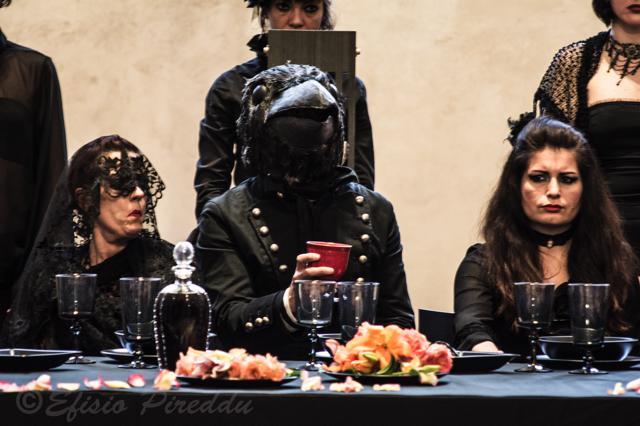 A tavola, ph. Efisio Pireddu