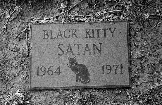 Satan-Sea-Breeze-Pet-Cemetery