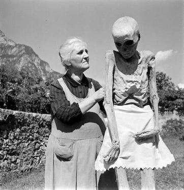 Andar per mummie: Venzone #2 (5/6)