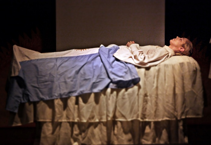 Eva_Perón_mummia-2