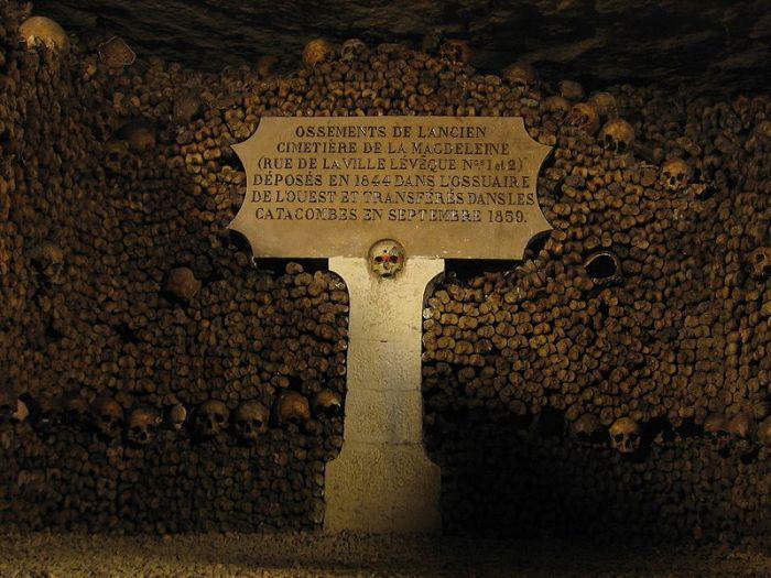 10_Parigi_2_catacombe