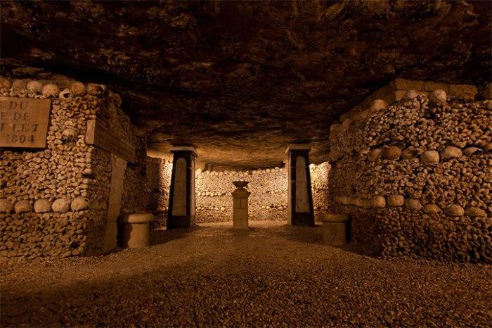 10_Parigi_catacombe