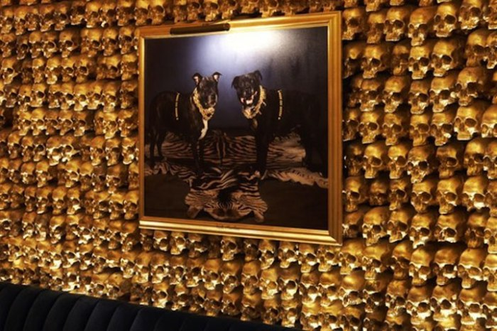 15_New_York_Gold_Bar_2