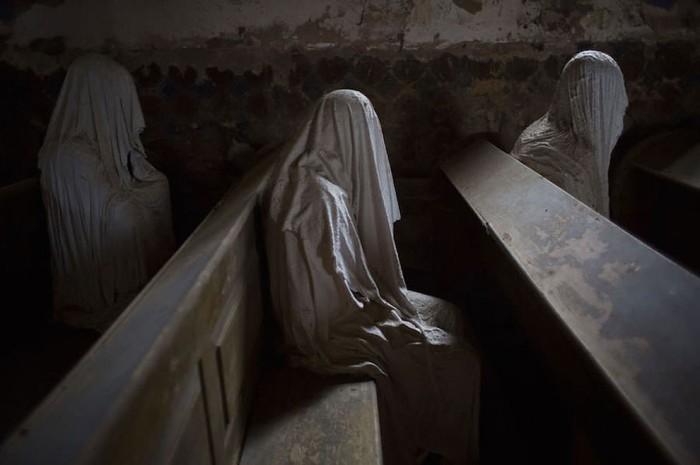 chiesa-san-giorgio-repubblica-ceca-fantasmi-lukova-5