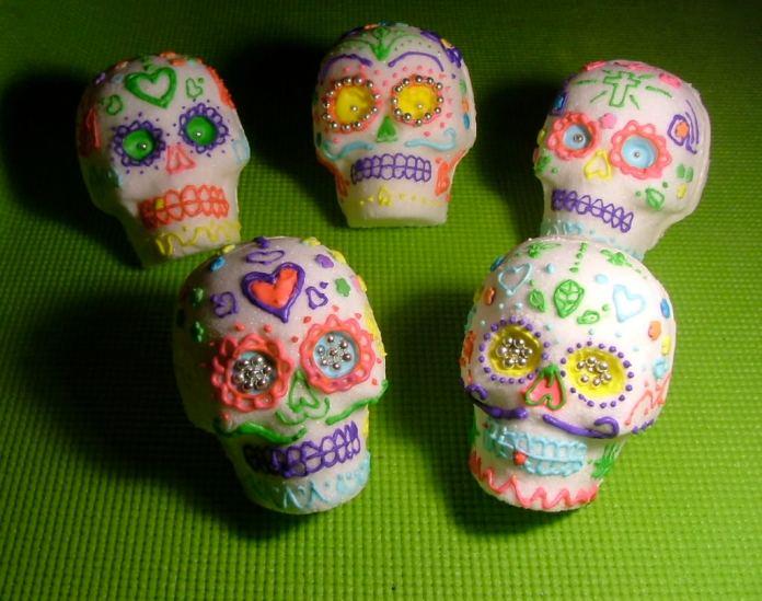 calaveras_sugar_skulls_10