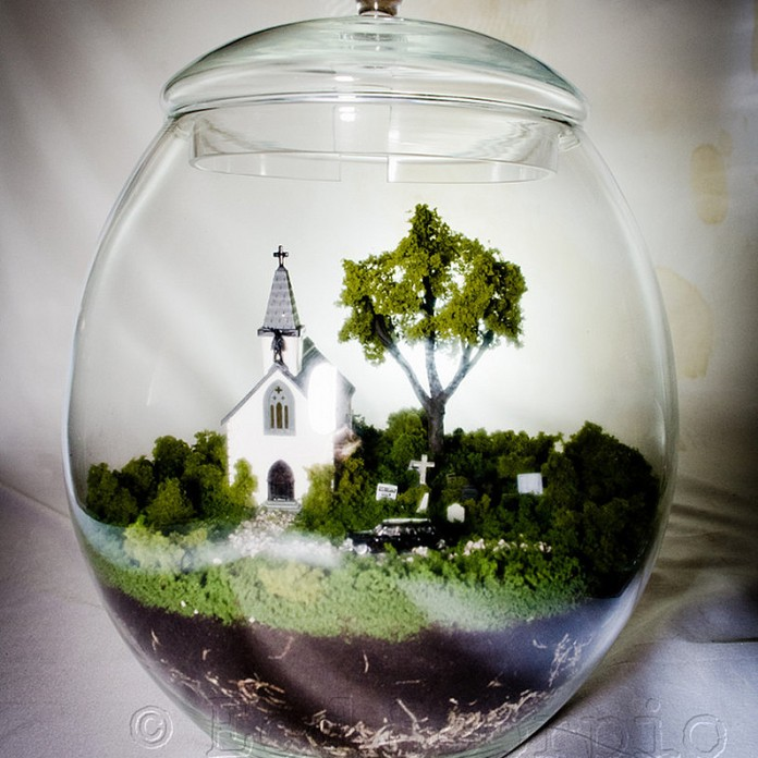Cemetery Under Glass, The Spiritorium